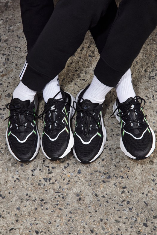 OZWEEGO Shoes. Colour: Core Black / Solar Green / Onix. $160