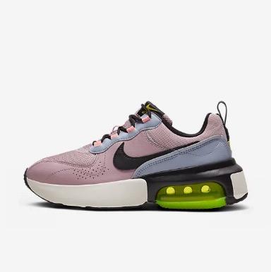 Nike Women's Air Max Verona in Plum Chalk/Ghost/Oracle Pink/Black $199