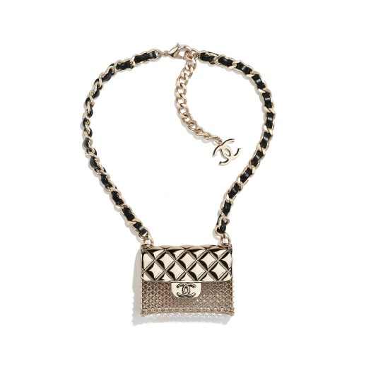 Necklace in metal and leather