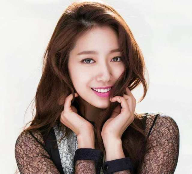 hottest-korean-models-park-shin-hye