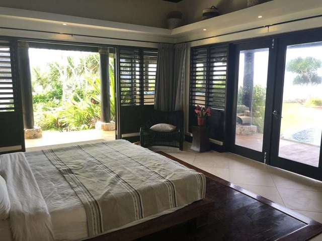 3 BEDROOM LUXURY VILLA IN FIJI WITH PRIVATE POOL - master bedroom 2