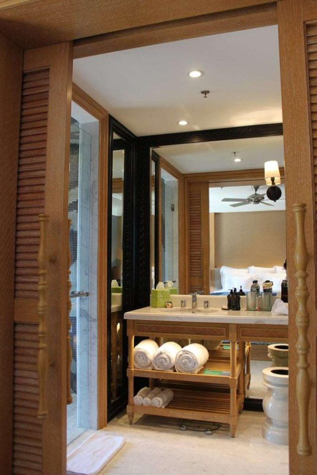 hotel indigo bali seminyak beach - Bathroom