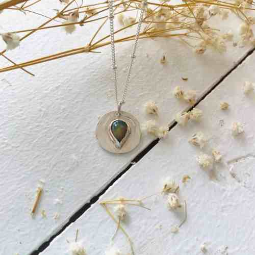collier opale de feu