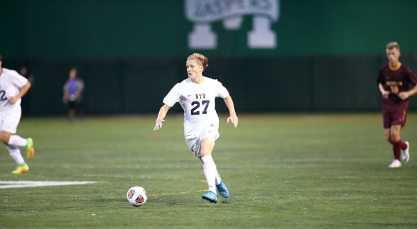 Washington Square News : Soccer Kicks Off UAA Play