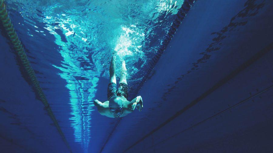 プールで50m泳げればサーフィンを始めても安心