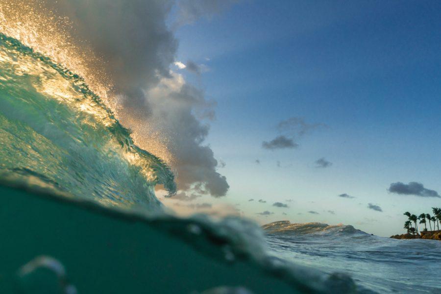 ホワイトウォーターになっていない波に対するダックダイブ