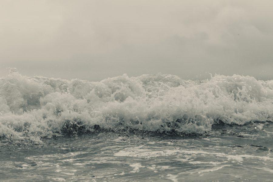 トロイ波でのサーフィンはサーフボードにボリュームがあると有利になる