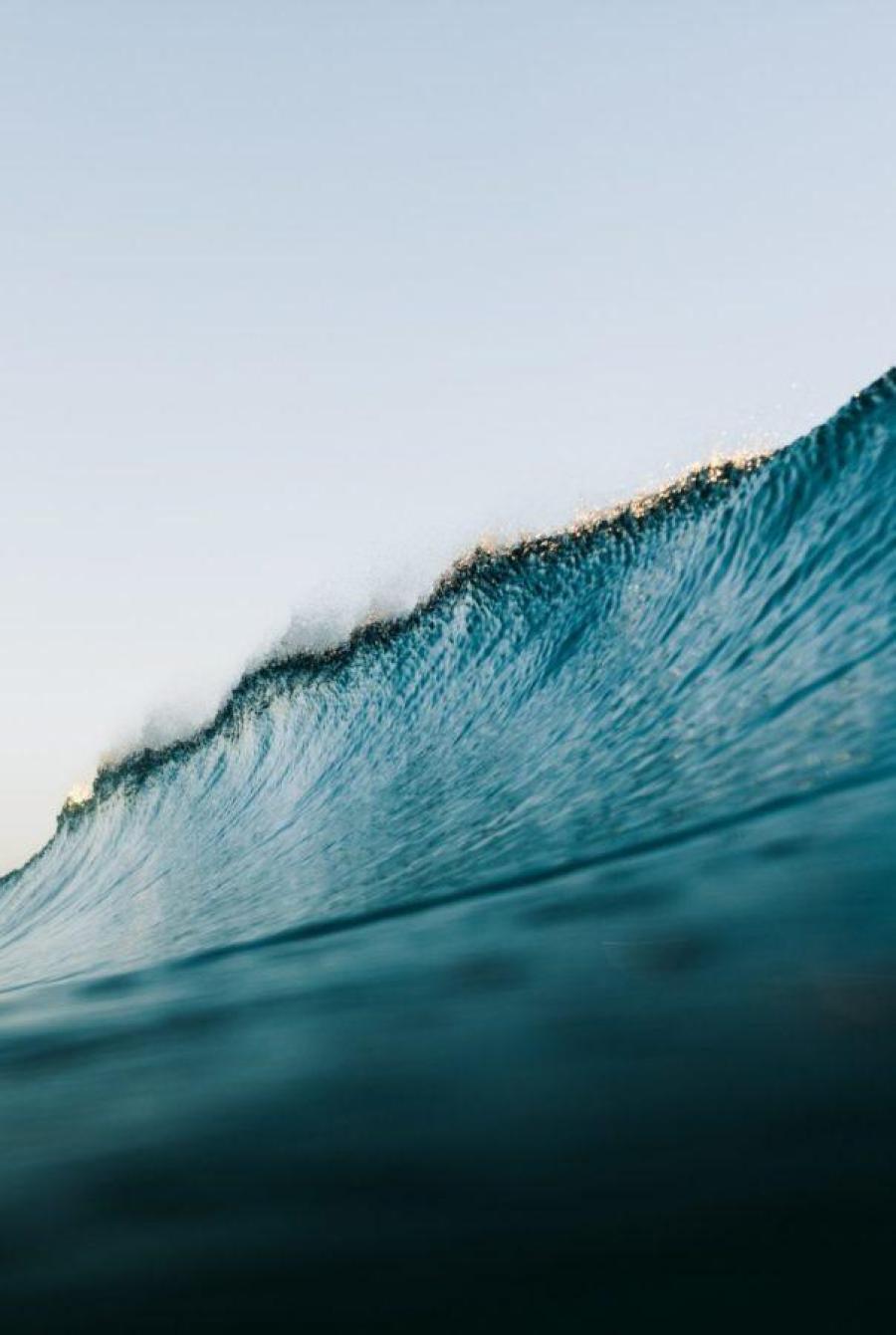 オフショアが吹いた時の波の様子