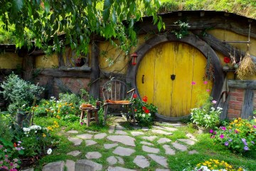 Hobbit Hole by Abigail Simpson