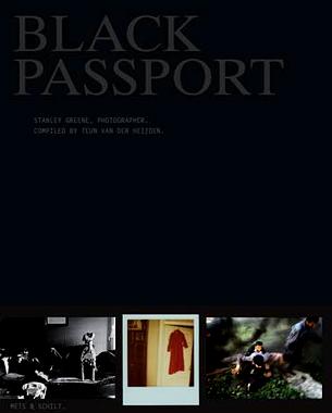 Black Passport es el último libro del reconocido fotógrafo de guerra Stanley Greene, y nos ofrece sus experiencias extraordinariamente personales y ostensiblemente objetivas.   © Schilt Publishing
