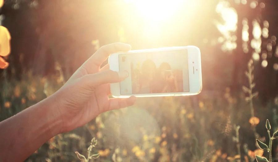 Link Between Selfies and Low Self-esteem