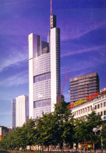 Figure 10: Building construction with heavy plates, Commerzbank Tower (total view)