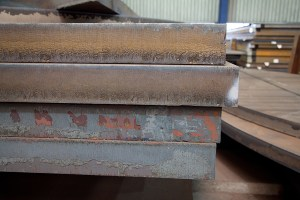 How We Store & Handle Our Steel Plates 1