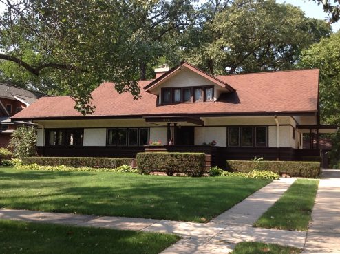 Prairie-style home at 1010 Forest Avenue. (Photo courtesy of Nick Kalogeresis)
