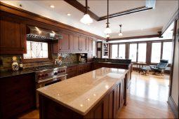 Bob & Inga Simitz's kitchen, designed by architect Chris Wollmuth. (Photo courtesy of Parenthesis)
