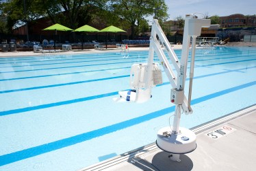 A new lift for disabled swimmers is poolside. (David Pierini/staff photographer)