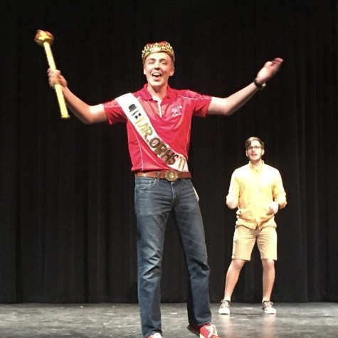 Annual Mr. Oak Ridge Competition Raises Funds for Hospital