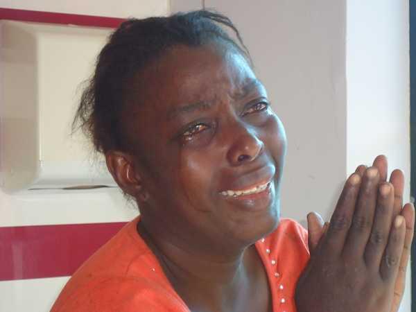 Mulher já teria tentado contra sua própria vida e fugiu do hospital de Brasiléia - Foto: Almir Andrade
