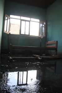 Dormitório e resturante dos policiais também estão sem condições de uso - Foto: Alexandre Lima