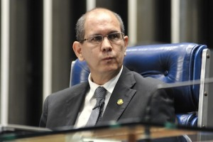 vice-presidente da CCJ, senador Anibal Diniz (PT-AC)