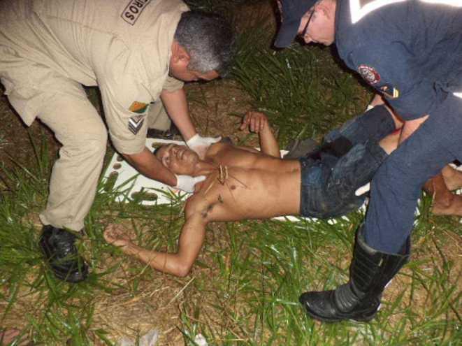 Estado de saúde de Edmilson foi considerado grave devido os ferimentos na região atingida abaixo do abdômen