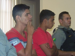 Felipe 'Tiririca' e Janaro foram conduzidos ao presídio na Capital onde irão cumprir suas penas