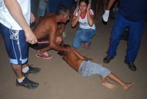 Criança brincava na rua quando foi atropela por motoqueiro/ imagem Alemão Monteiro