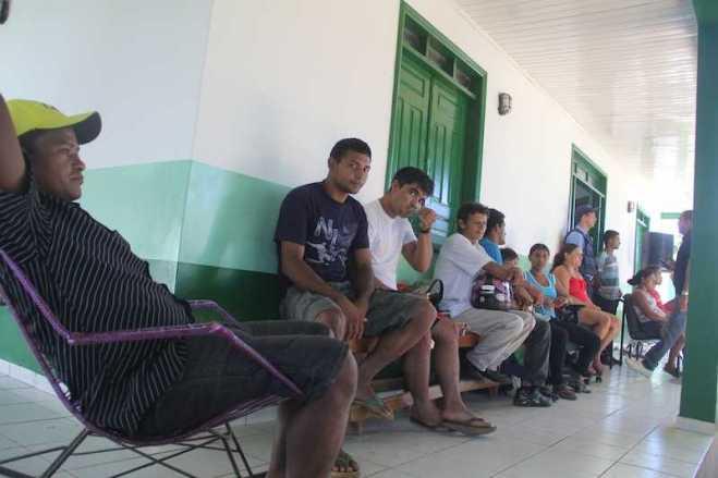Sede do INCRA em Brasiléia estão com suas dependências lotada de agricultores da RESEX por tempo indeterminado. - Foto: Alexandre Lima