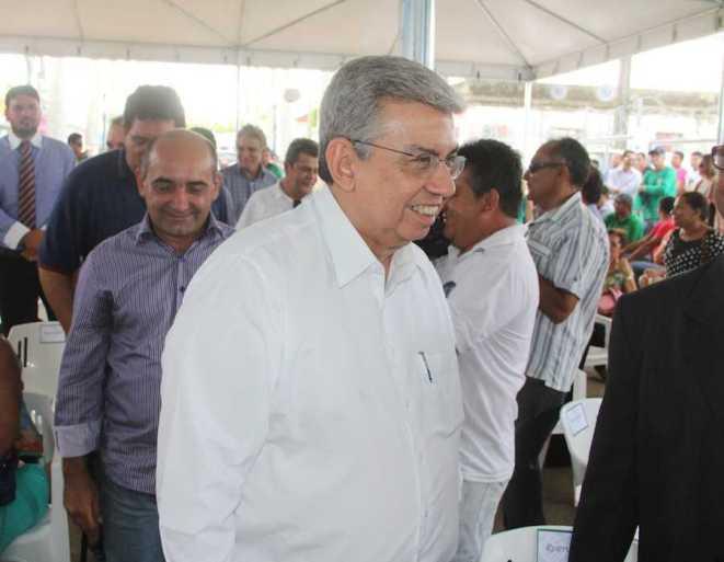 Ministro da Previdência, Garibaldi Alves Filho, em Brasiléia para reinauguração de posto de atendimento - Foto: Alexandre Lima