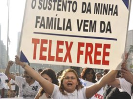 Manifestantes protestam contra bloqueio da Telexfree/Foto: J. Duran Machfee/Futura Press