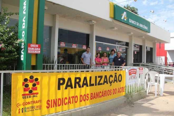 Com a continuidade da greve, nove unidade do Banco da Amazônia continuam com suas portas fechadas ao público. Foto: oaltoacre/arquivo