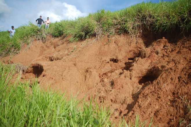 Prefito de Assis Brasil, Humberto filho, visitou local que está desmoronando e pode isolar município durante inverno