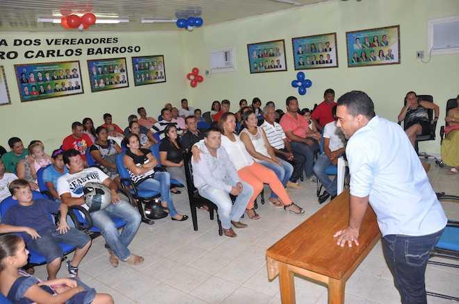 Plenária ficou lotada por eleitores e simpatizantes do vereador - Foto: Alexandre Lima