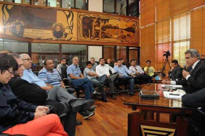 Comerciantes de Brasiléia foram recebidos pelos deputados/Foto: Assessoria