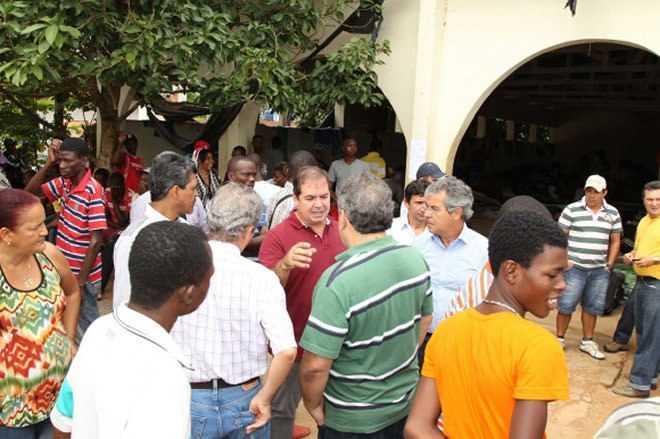 No sábado, Tião Viana, esteve no abrigo para avaliar situação atual (Foto: Diego Gurgel/Secom)