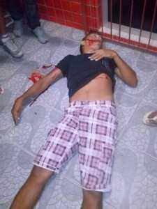 Romário Batista Silva não resistiu ao ferimento e morreu na calçada
