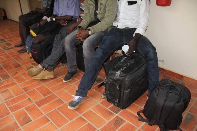 Senegaleses poderão ser multados e notificados a deixar o país em três dias