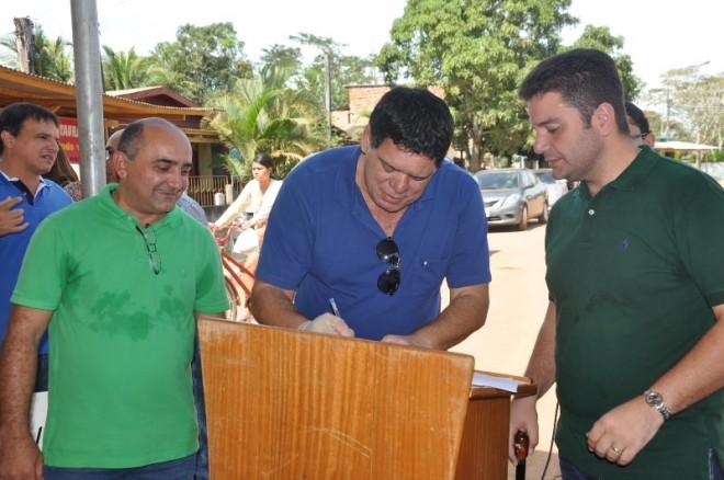 Flaviano Melo também destinou emendas que irão ajudar nas obras da avenida