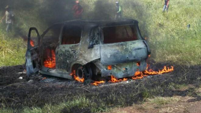 carro-pegou-fogo