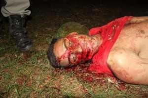 Maicon não resistiu ao ferimento e morreu no local - Foto: Alexandre Lima