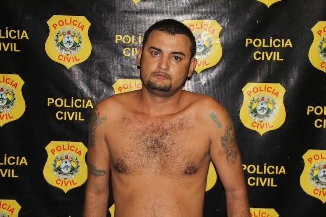 Gilson foi encontrado dentro de um quintal por policiais após denuncia - Foto: Alexandre Lima
