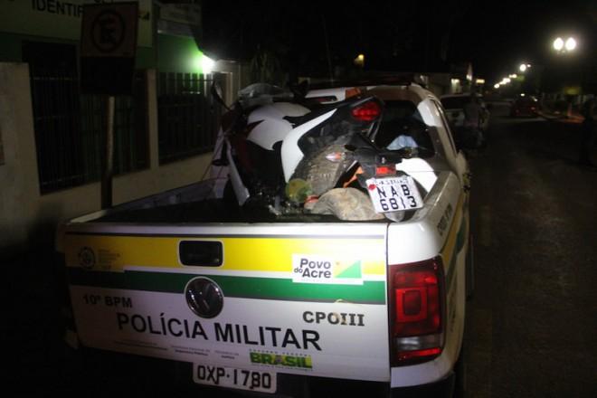 Moto do militar foi apreendida e levada para o pátio da PM em Brasiléia.
