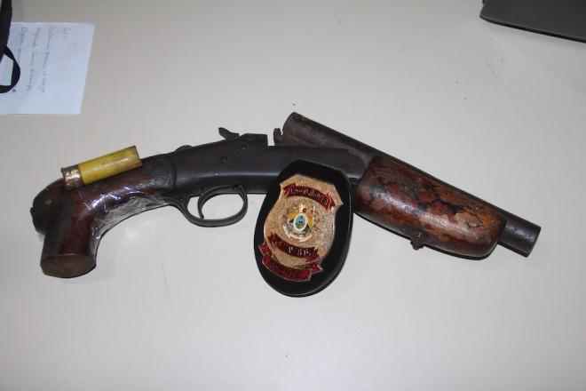 Nova arma encontrada na posse de Jusciclei, seria usada para acerto de conta com desafeto - Foto: Alexandre Lima