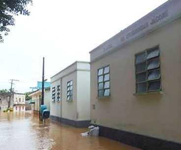 Hospital de Xapuri foi tomado pelas águas do rio Acre/Foto: Secom