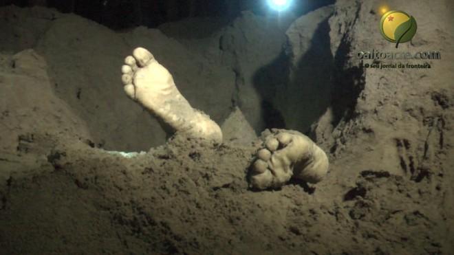 Corpo de Luis Gustavo Jaminawa foi localizado cerca de oito horas depois - Fotos/Captura