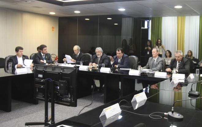 Representando o Acre Cameli cobra investimentos no setor elétrico do Acre