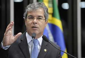 Jorge Viana comemorou a possibilidade de finalmente o Acre ter uma ferrovia