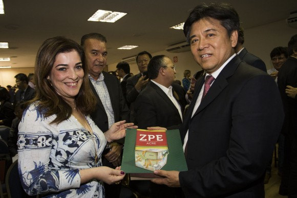 Embaixador da China conheceu iniciativas do Acre na área de indústria (Foto: Gleilson Miranda/Secom)