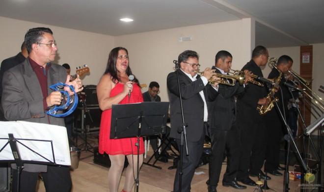 A Banda Mugs II deram o tom da festa de inauguracão - Foto: Alexandre Lima
