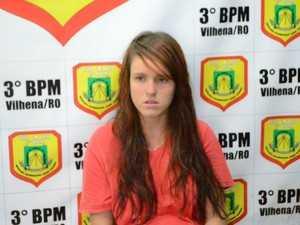 Na delegacia, Vania diz que levou faca na bolsa para matar ex (Foto: José Manoel/ Rede Amazônica)